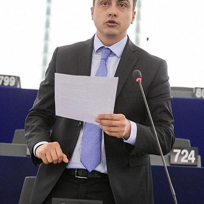 Eзиковата дискриминация в ЕС трябва да се преустанови