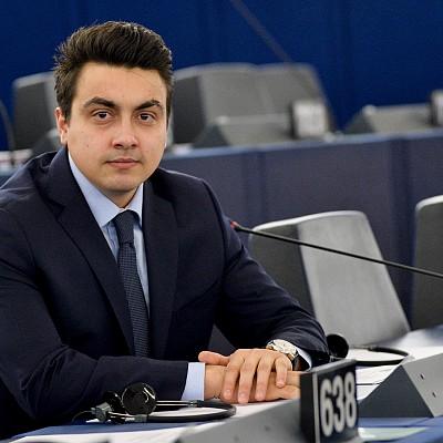 Момчил Неков: Създаването на условия за реализация и разгръщане на потенциала на младите хора трябва да са приоритет на ЕС