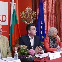 Момчил Неков: Изграждането на гъвкави модели между бизнеса и образованието, съобразени с потребностите на регионалната и местна икономика, както и прогнозирането по региони и общини трябва да бъдат приоритетни