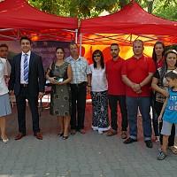 Момчил Неков откри първия си мобилен офис в България