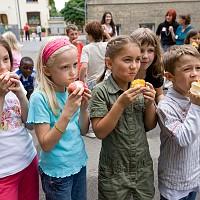 Момчил Неков: Повече местни и био продукти в училищата чрез новата схема за Училищен плод и мляко